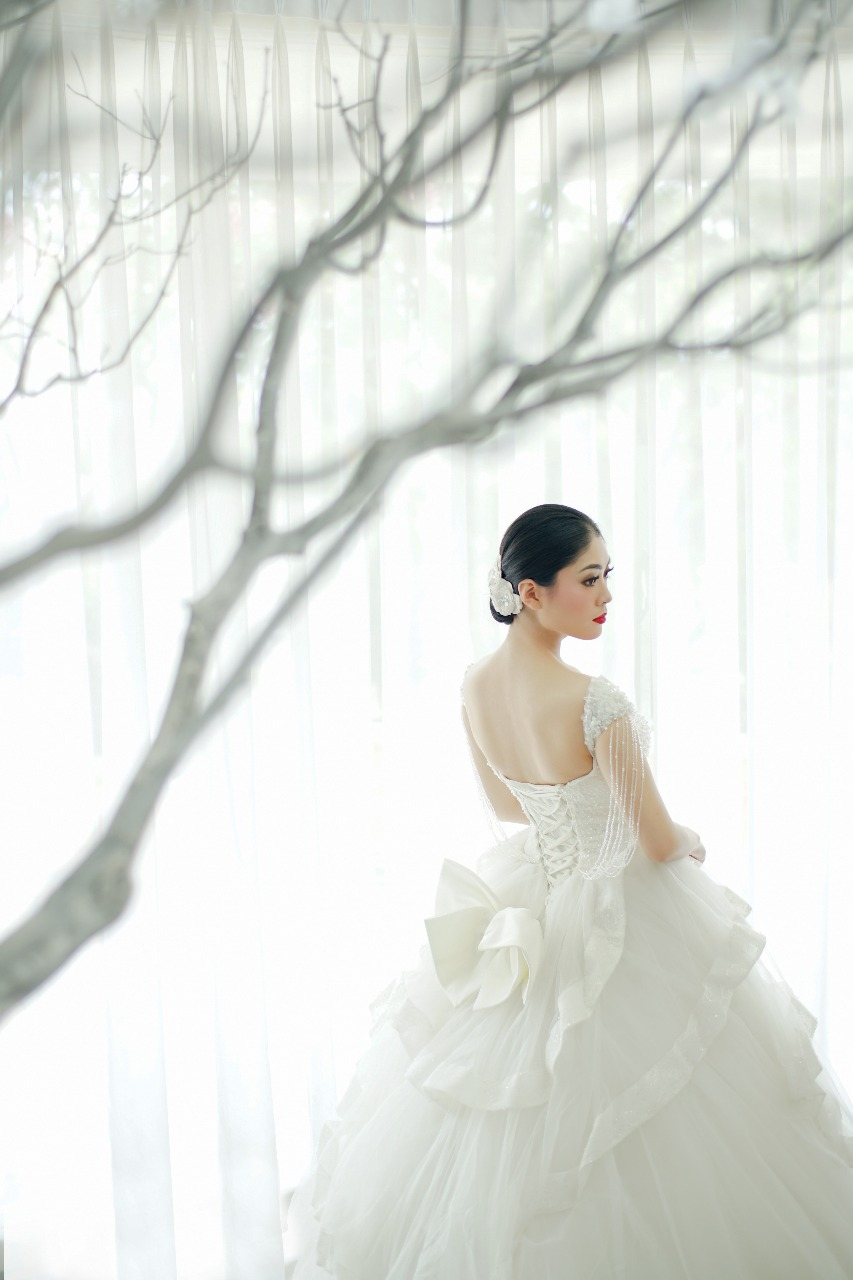 Baju Pengantin Modern Elina Wang Bridal Wedding Gown 7