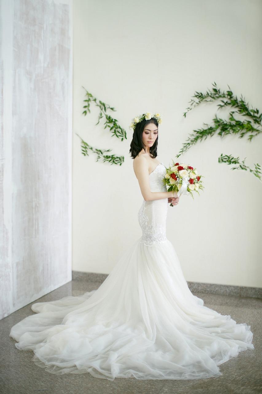 Baju Pengantin Modern Elina Wang Bridal Wedding Gown 9
