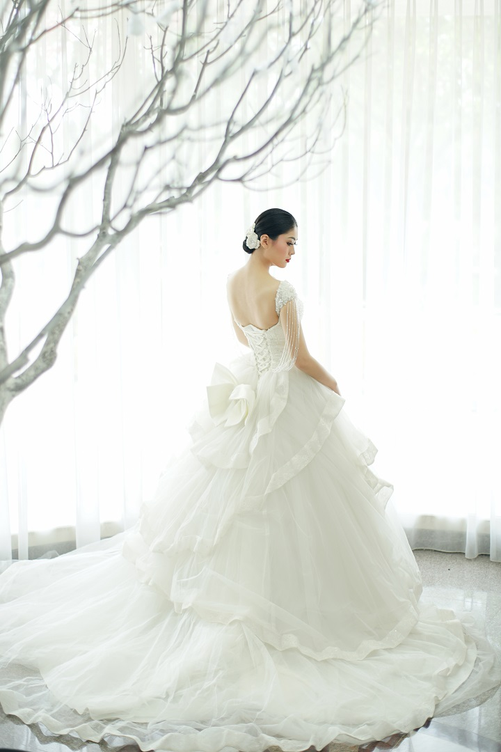 Elina Wang Bridal Main Wedding Dress